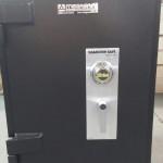 Hamilton TL 15 plate safe 30x24x24 door closed